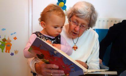 Il Bonus baby sitter? Anche a nonni, zii, cugini. Basta non essere conviventi