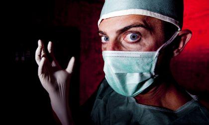 Infermiere diabolico uccide lo zio della compagna manomettendo il macchinario dei sedativi