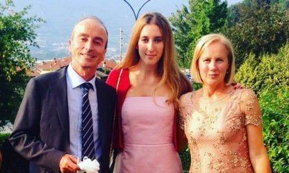Elena, l'anoressia, la psicoterapia, la famiglia e il suo libro 'Anele'