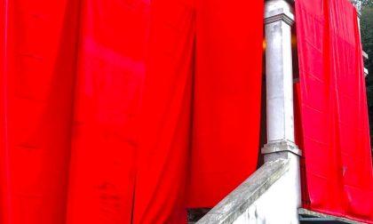Costa Volpino – La Domus Civica si tinge di rosso