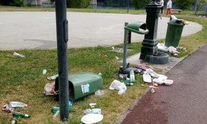 """Festa smodata nel paese dell'azzurro Locatelli, il sindaco: """"Domenica per la finale scordatevi il maxischermo"""""""